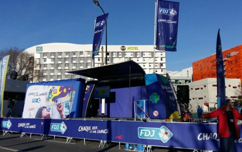 Car Podium FDJ